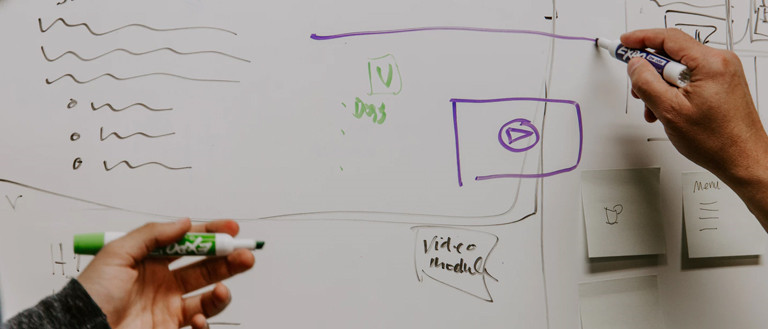 drawing wire-frame on whiteboard